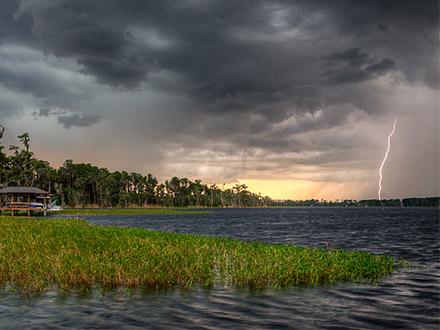 Lightning, FL